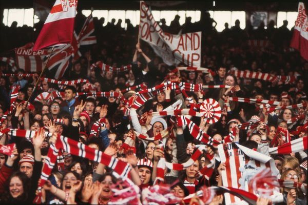 Sunderland fans cheer their team around the ground. Roker Park 1973 Sunderland FA Cup Homecoming after the FA Cup Final v Leeds United. 07/05/1973 Credit : Colorsport