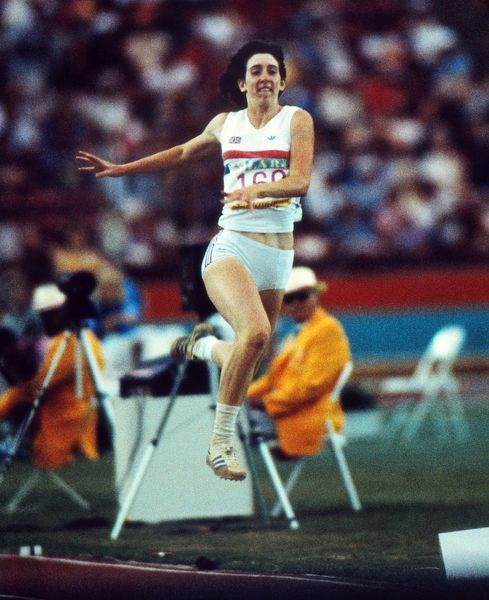 Athletics - 1984 Los Angeles Olympics - Women's Long Jump Great Britain's Susan Hearnshaw competes in the long jump in the Los Angeles Memorial Coliseum, California. Hearnshaw went on to win the bronze medal