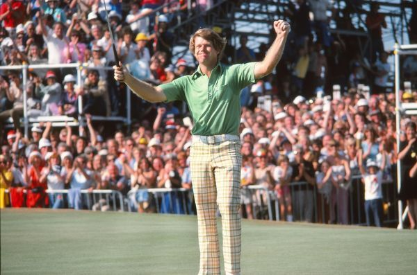 Golf - The Open Championship Tom Watson (USA) celebrates victory. British Open Golf Championships 1977 @ Turnberry  09/07/1977 Credit : Colorsport
