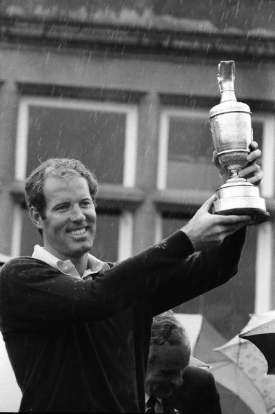 Golf Tom Weiskopf (USA) celebrates winning the British Open Golf Championships @ Troon with the trophy.1973 14/07/1973  Credit : Colorsport