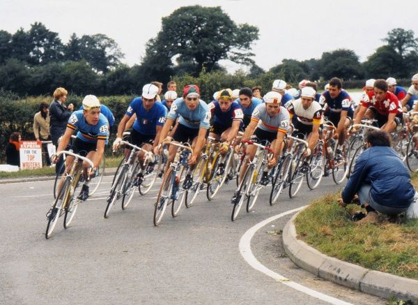 Cycling - 1970 UCI Road World Race Championships - Men's Professional Race Left to right: Belgium's Herman van Springal (#25), Italy's Franco Bitossi (#75), Portugal's Firmino Bernardino (#87), Great Britain's Geoffrey Wiles (#59)