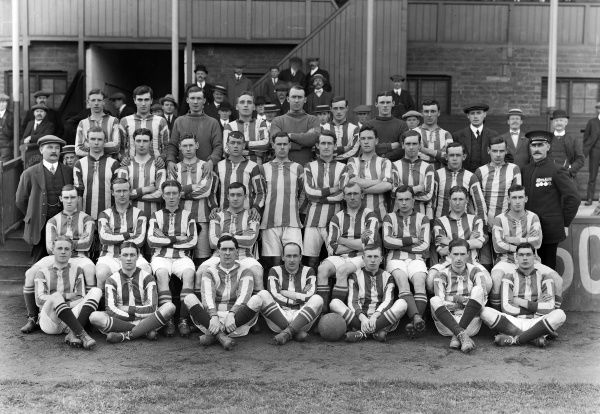 Football - 1913 / 1914 season - West Bromwich Albion full squad team group Back (left to right): S. Richardson, R. Riddle, C. Critchley, E. Shore, H. Pearson, H. Wright, L. Moorwood, F. Waterfall, E. Paddock (assistant trainer). Second Row: W