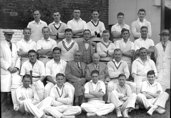Cricket and Football - 1938 season West Bromwich Dartmouth cricket team and West Bromwich Albion football team pose during their annual cricket match.  WBA secretary-manager Fred Everiss is centre left. 30/07/1938