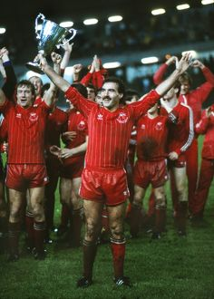 Aberdeen captain Willie Morgan - 1983 Cup Winners Cup Final