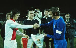 Ajax's Johan Cruyff and Real Madrid's Ignacio Zoco shake hands before the