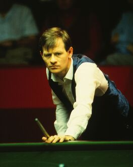 Alex Higgins during the 1985 Embassy World Snooker Championship