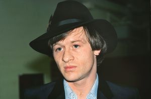 Alex Higgins wearing his trademark fedora at the 1981 Benson & Hedges Masters