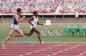 Allan Wells and Mike McFarlane approach the line as they dead heat in the 200m Commonwealth