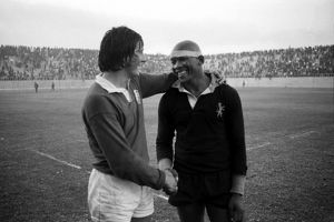 Andy Irvine of the British Lions greets a Leopards player after the match in 1974