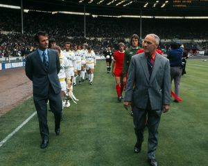 Clough and Shankly lead their teams out for the 1974 Charity Shield