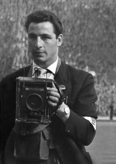 Daily Mirror photographer Monte Fresco - 1958 FA Cup Final
