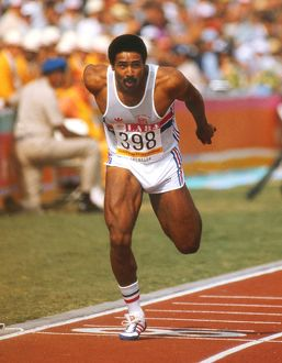 Daley Thompson wins the decathlon 100m at the 1984 Los Angeles Olympics