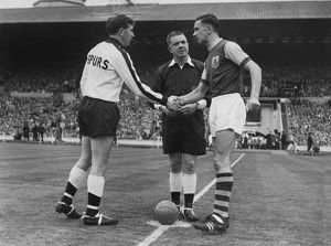 Danny Blanchflower and Jimmy Adamson shake hands before the 1962 FA Cup Final