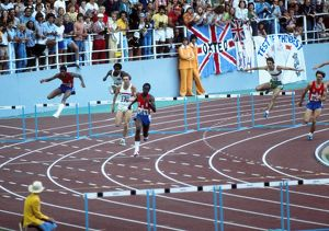 Ed Moses on his way to winning gold at the 1976 Montreal Olympics