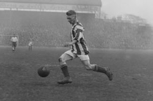 Enos Min Bromage (West Bromwich Albion) 1927 / 28 Season Credit