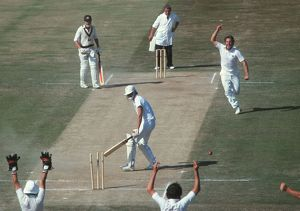 Ian Botham bowls Terry Alderman to win the 4th Test of the 1981 Ashes