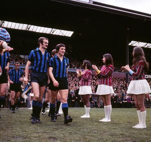 Inter's Milan's Sandro Mazzola and Gianfranco Bedin are welcomed onto the