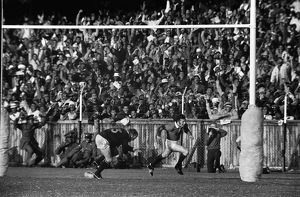 JJ Williams scores the first of his two tries in the 3rd Test - 1974 British Lions