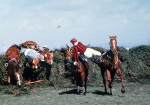 Jockeys fall at The Chair, Grand National 1979