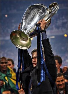 Jose Mourinho lifts the European Champion Clubs' Cup with Inter Milan