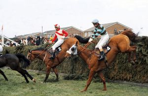 L'Escargot jumps Valentines during the 1975 Grand National.