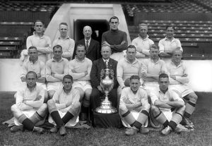 Manchester City - 1937 Division One Champions Team Group