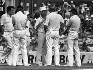 Mike Brearley talks to Ian Botham during the 1981 Ashes