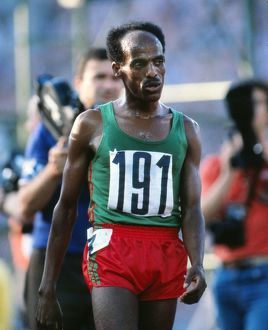 Miruts Yifter completes the 5000m/10,000m double at the 1980 Moscow Olympics