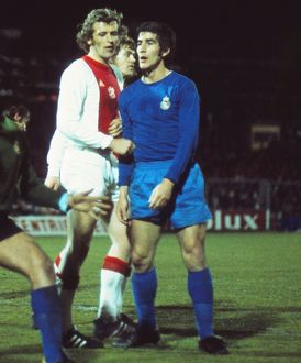 Real Madrid's Goyo Benito and Ajax's Piet Keizer