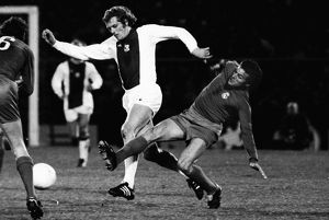 Real Madrid's Jose Luis tackles Ajax's Piet Keizer