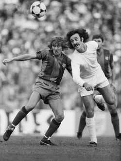 Real Madrid's Vicente Del Bosque and Barcelona's Allan Simonsen