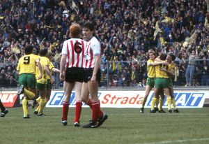 1985 League Cup Final - Norwich City 1 Sunderland 0 (Selection of 27 Items)