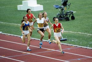 Tatyana Kazankina wins 800m gold at the 1976 Montreal Olympics