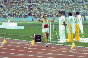 Waldemar Cierpinski wins the marathon at the 1976 Montreal Olympics